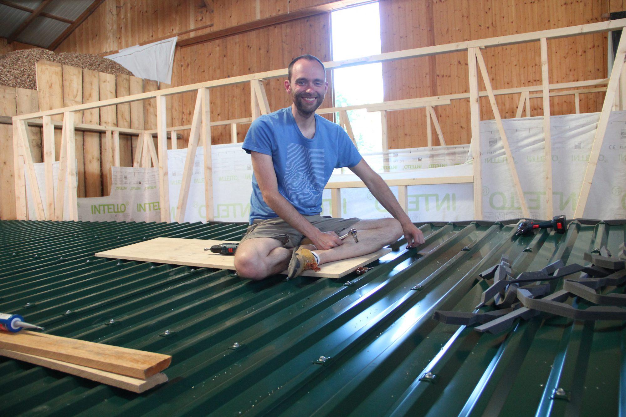 Dachdeckung 2: Dachbleche und Regenrinne
