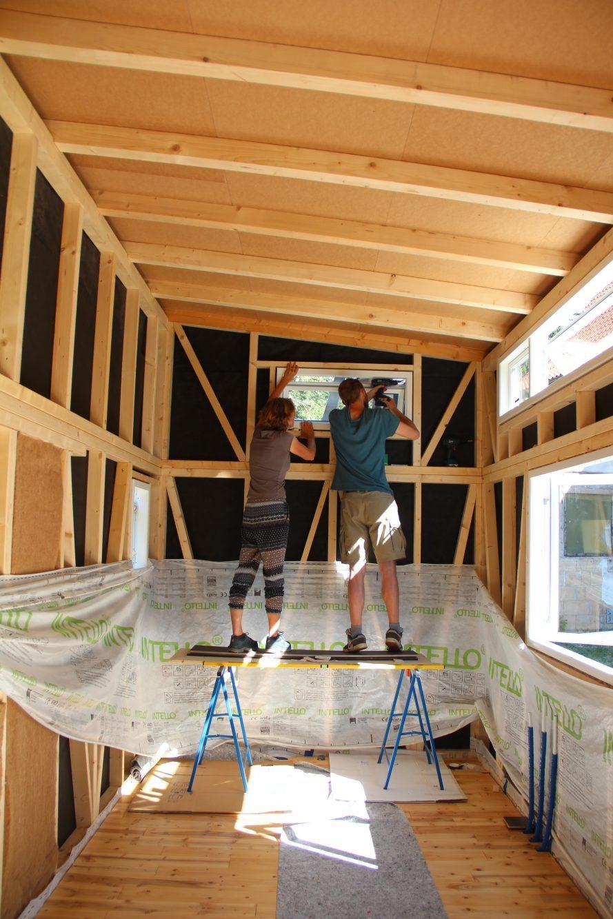 holzfenster einbauen fenster einbauen with holzfenster einbauen schn fenster einbauen altbau. Black Bedroom Furniture Sets. Home Design Ideas