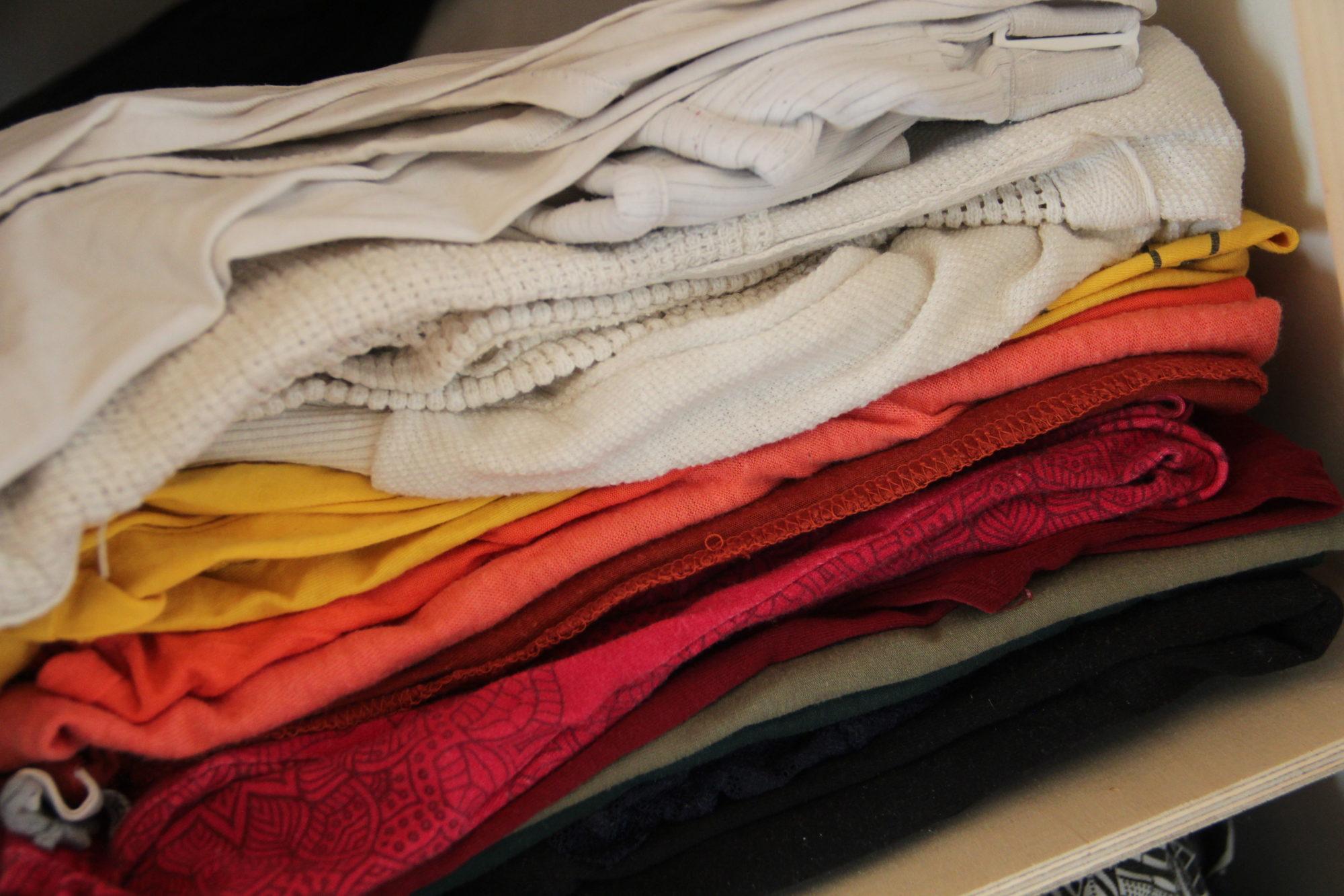 Sich nachhaltig kleiden: Was gibt es für Textilfasern?