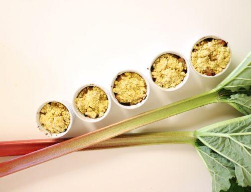 Vegane Rhabarber-Streusel-Muffins (zero waste)