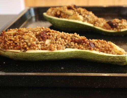 Gefüllte Zucchini mit Buchweizen (vegan, zero waste und glutenfrei)